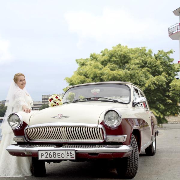 Спасибо Станиславу, владельцу этого роскошного авто, за восхитительные фотографии.