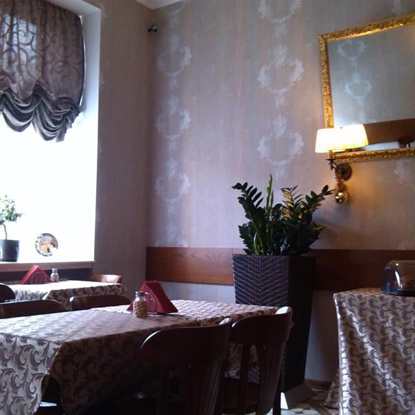 место где проходят завтраки)