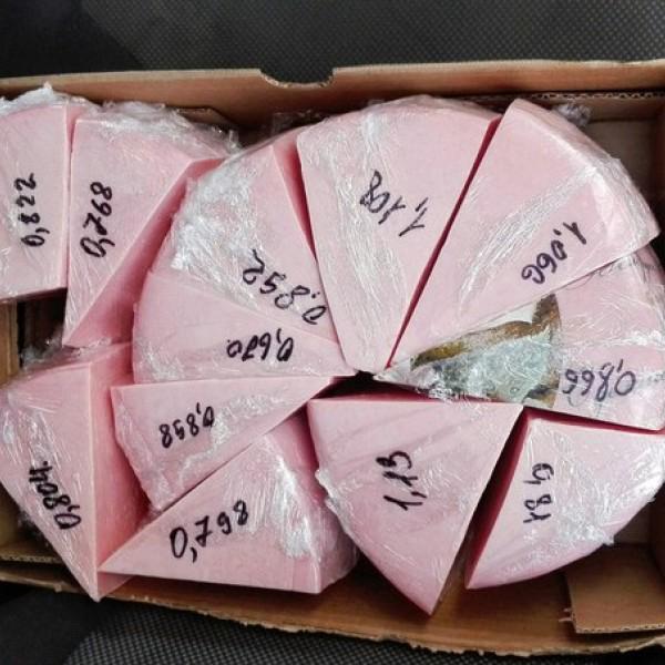 это розовый сыр Чайная роза.