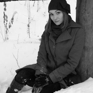 Полина Лесникова