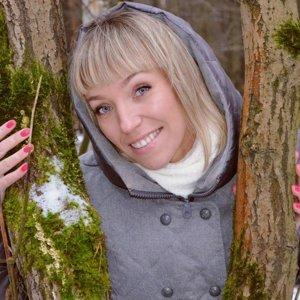 Юлия Суркова