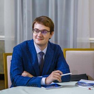 Максим Комлев