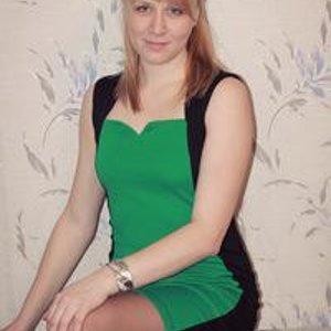 Аленка Баембетова