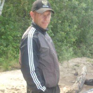 Николай Гусельников