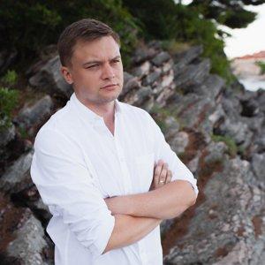 Попов Илья