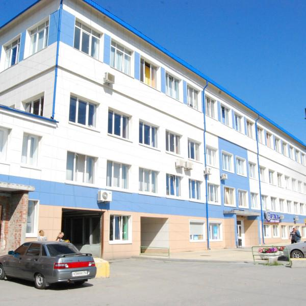 Здание магазина и офиса Ниссан Клуба