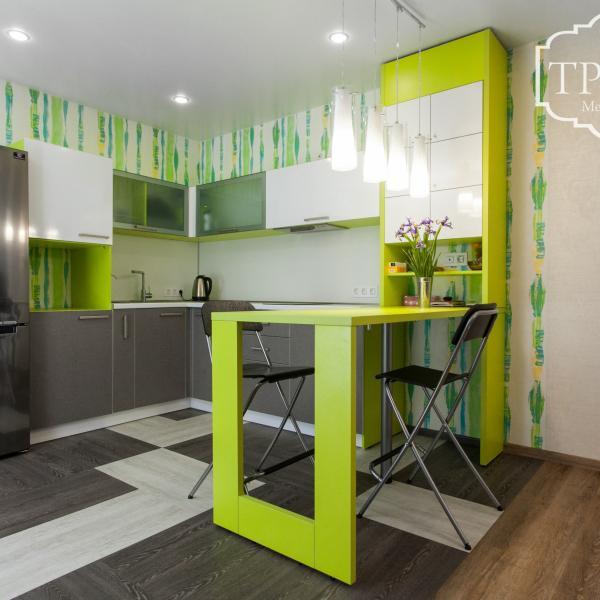 Кухонный гарнитур (пластик)