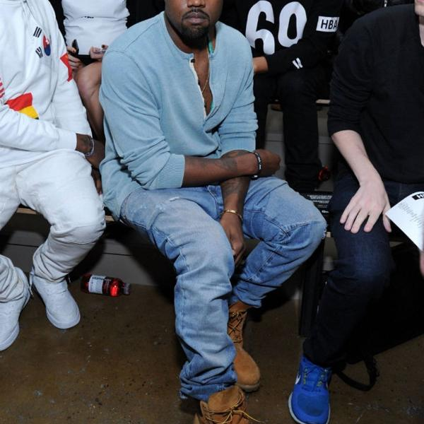 Kanye West и его лук с тимбами))  *в правилах не увидел, можно или нельзя выкладывать луки звезд