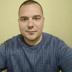Сергей Довгий