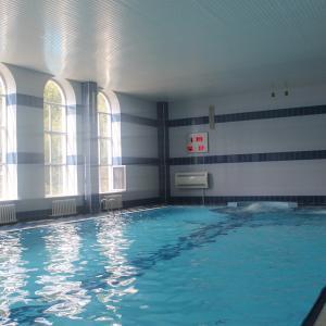 это бассейн
