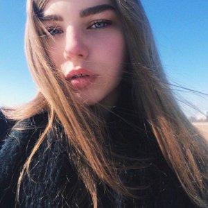 Анна Шестаков