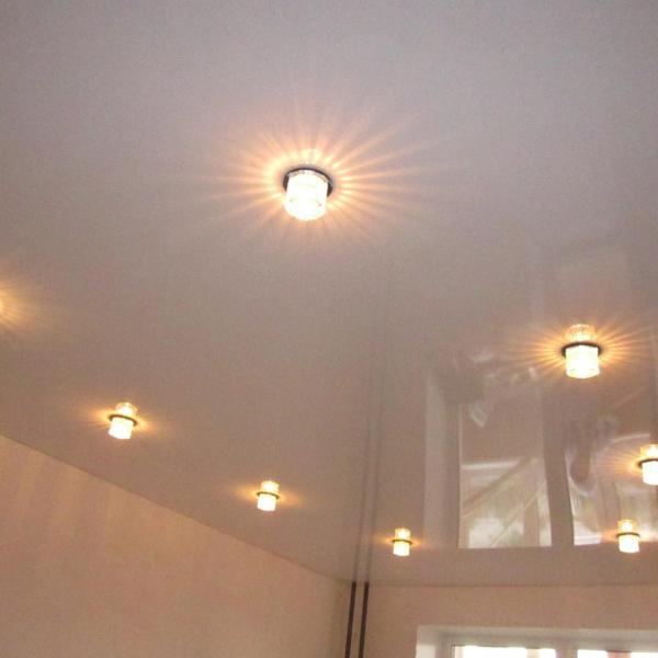 наш потолок и светильники